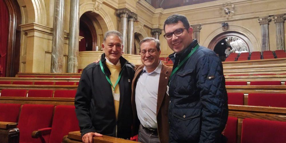Diego Rodrígez en el Parlament con Martín Barra